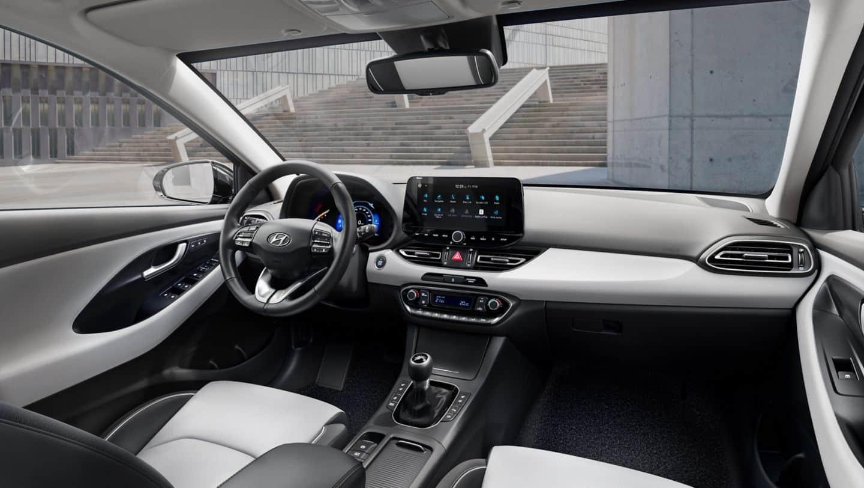 fastback-interior-left